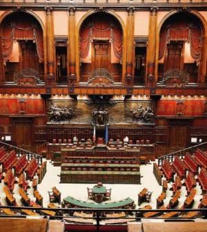 Deputati e senatori sardi chi frequenta il parlamento e for Deputati parlamento
