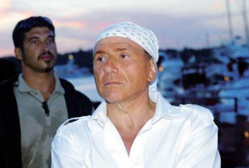 Quot Berlusconi Nudo Impubblicabile Ma Lui Con La Pascale In