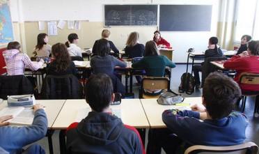 studenti_banchi_di_scuola_superiore