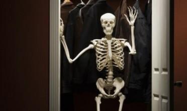 scheletro-nellarmadio-dan-brown