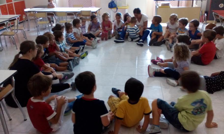 A cagliari una ragazza down tra le maestre per l 39 infanzia for Siti per maestre scuola infanzia