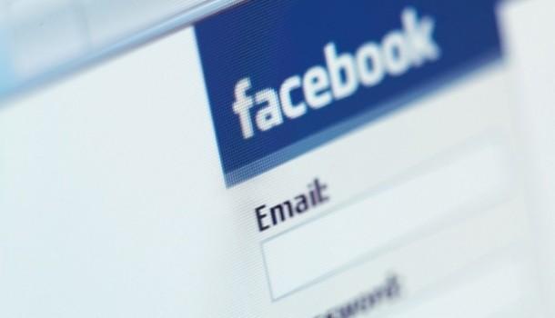 Annuncia il suicidio su Facebook, salvato dal 112 a Carbonia - SardiniaPost