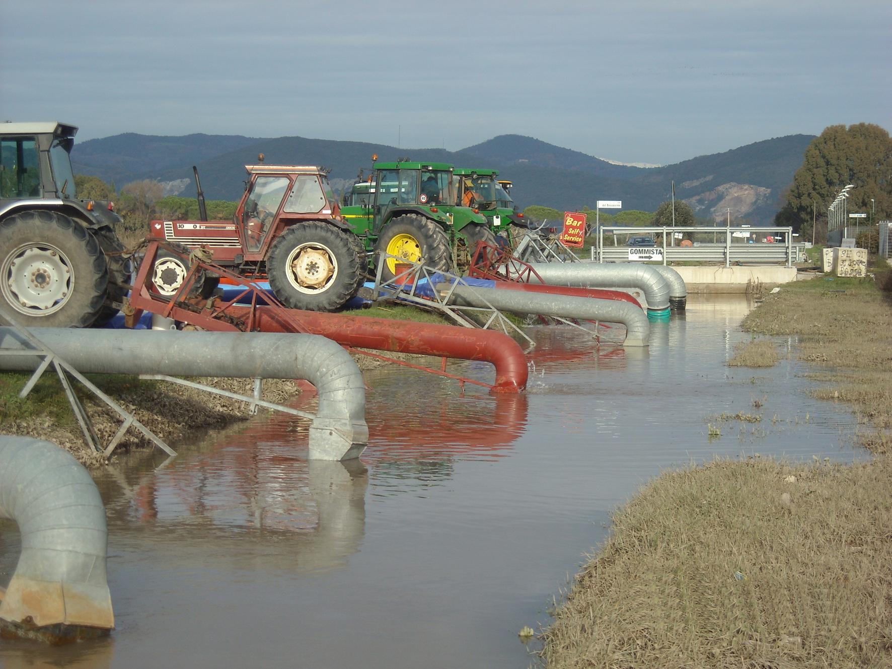 Il Consorzio di Bonifica dell'Oristanese ricerca: 1 Conducente di autocarro, 4 Idrovoristi, 3 Conducenti di escavatrice meccanica, 3 Addetto agli impianti di distribuzione dell'acqua