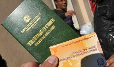 Permessi di soggiorno con documenti falsi nei guai un for Questura di mantova permesso di soggiorno pronto