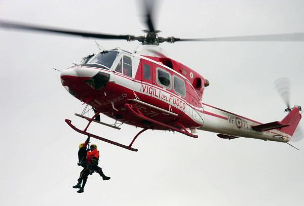 Elicottero Vigili Fuoco : Pula cacciatore cade in un dirupo alto metri soccorso