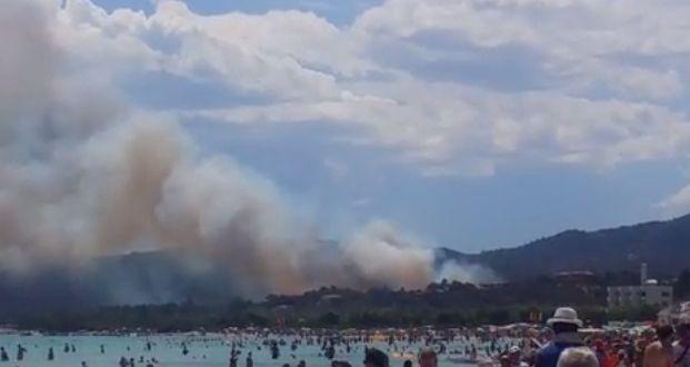 Incendio a san teodoro evacuati due villaggi turistici for Villaggi san teodoro