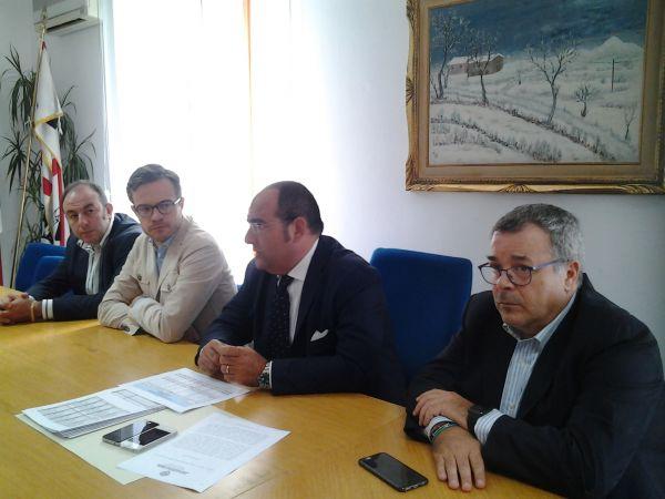La conferenza stampa dell'assessore ai Trasporti Deiana
