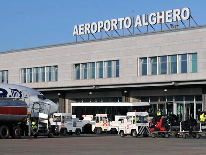 Risultati immagini per aeroporto alghero