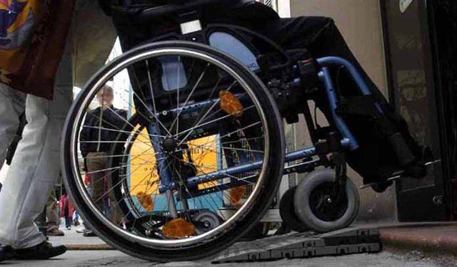 Disabilit caos per la sperimentazione sui piani for Piani domestici accessibili per disabili