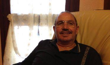 3 marzo 2016.  Fausto Piano, 60 anni, tecnico della società Bonatti originario di Capoterra, rapito assieme a tre colleghi il 20 luglio del 2015, muore in una sparatoria nella regione di Sabrata assieme a un altro degli ostaggi, il siciliano Salvatore Failla, di 47 anni. Lo scontro a fuoco avviene durante un trasferimento operato dai banditi filo-islamisti che avevano rivendicato il rapimento e quando la liberazione pareva prossima. Poche ore dopo, infatiti, sono di nuovo liberi gli altri due ostaggi, Gino Pollicardo e Filippo Calcagno. I funerali di Piano si svolgono a Capoterra, dove è stato proclamato il lutto cittadino, l'11 marzo. L'intera comunità intera si stringe attorno alla famiglia straziata dal dolore.