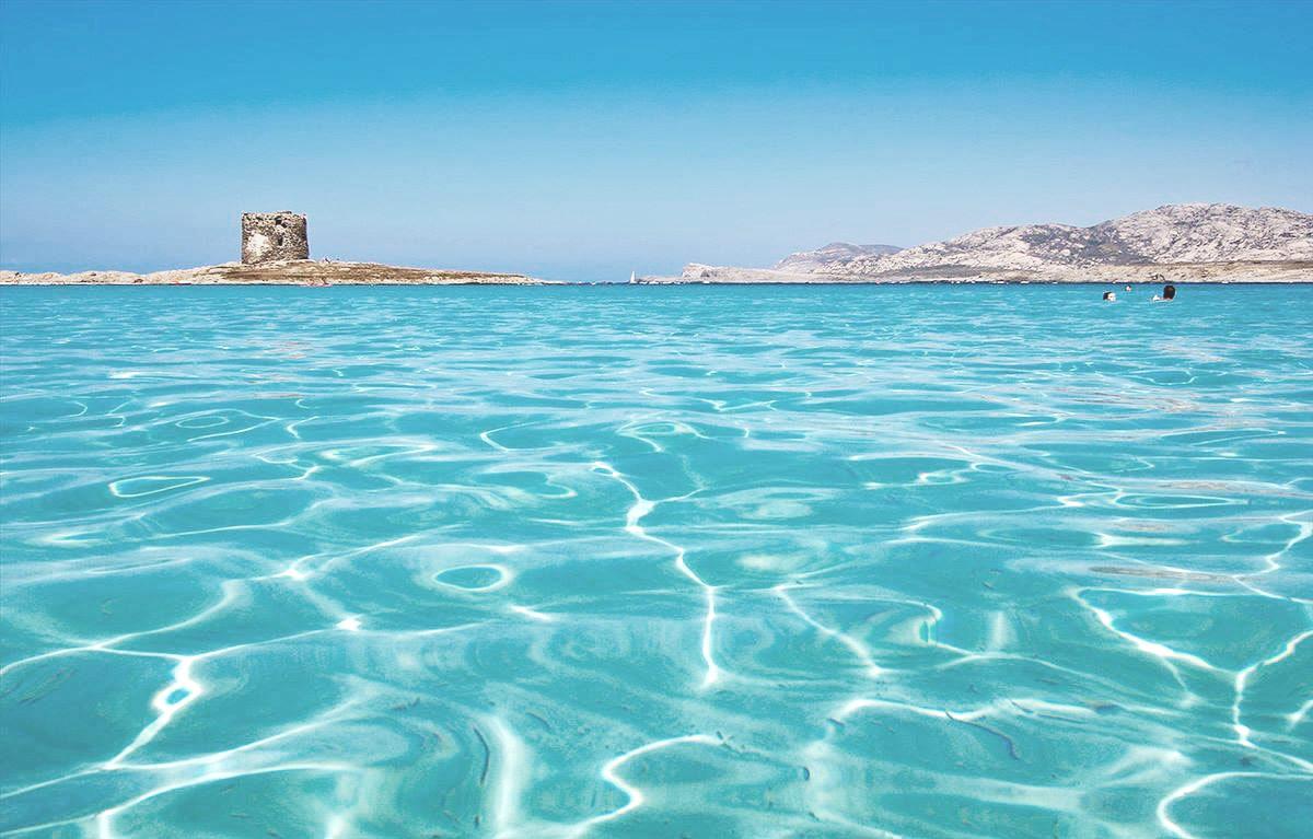 Il qatar porta la sardegna alle bahamas con una societ offshore - Sopra un mare di specchi si vola ...