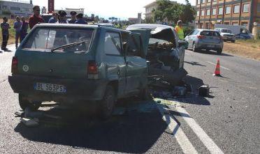 Scontro frontale sulla strada 554 muore automobilista di for Due esse arredamenti settimo san pietro
