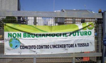 non_bruciamoci_il_futuro_anche_un_sit-in_per_dire_no_allinceneritore_di_tossilo