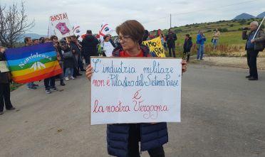 domusnovas_protesta bombe