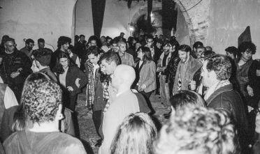 associazione-culturale-iscandula_bella_arrosa_discoteca-ballo-sardo-1997