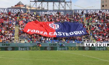Cagliari Crotone Campionato di serie 2017/18 i distinti del nuovo stadio Sardegna Arena