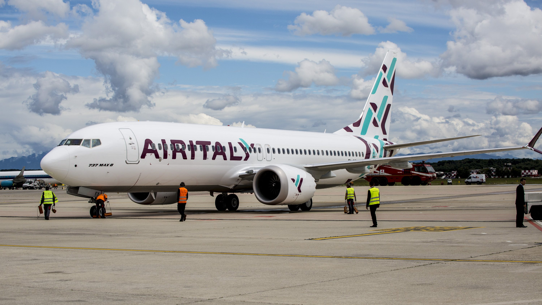 La compagnia Air Italy licenzierà oltre 1000 dipendenti